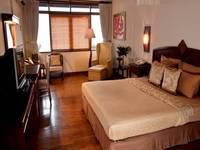 The Valley Resort Hotel Bandung - Deluxe Double Room with Breakfast Regular Plan