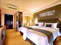 Harper Kuta - Superior Room with Breakfast Basic Deal