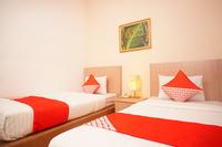 OYO 142 Hotel Al Furqon Syariah Palembang - Standard Twin Room Regular Plan