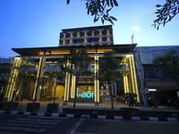 THE 1O1 Yogyakarta Tugu di Jogja/Tugu