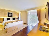 Golden Tulip Devins Hotel Seminyak - Deluxe Room with Garden View (Breakfast Included) Min Stay 3 Night Discount 26%