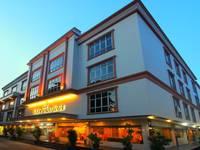 Lovina Inn Penuin di Batam/Batam