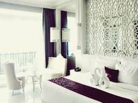 The Rich Prada Bali - Grand Suite Room Only Desember