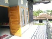 Rifqi Guesthouse Pacitan - Room with Balcony Unbeatable Deal