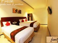 DFresh Guest House Malang - Kamar Family Regular Plan