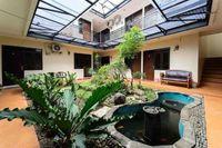 Poetri Guest House Syariah Near Kebun Raya Bogor