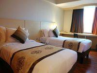 Horison Arcadia Mangga Dua Jakarta - Deluxe Twin Bed Deal Of The day