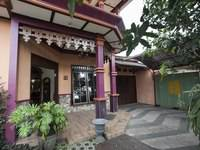 RedDoorz Plus near Stasiun Kota Baru Malang di Malang/Kedungkandang