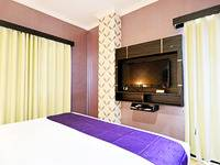 ZenRooms Hayam Wuruk Gajah Mada Jakarta - Double Room (Breakfast Included) Regular Plan