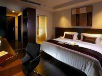 Akmani Hotel Jakarta - Deluxe King With Breakfast Weekend Promo