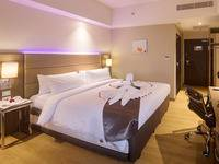 Olympic Renotel Sentul - Superior Room Honeymoon Package Regular Plan