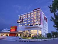 Hotel Santika Palu di Palu/Palu