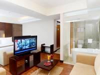 Emersia Hotel Lampung - Junior Suite Double Pool View  Regular Plan