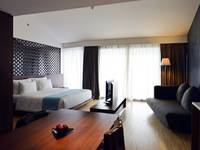 IZE Seminyak Bali - IZE Club Suite Room Breakfast with FREE Daily Mini Bar Regular Plan