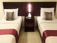 Sisingamangaraja Guest House Semarang Semarang - Deluxe - With Breakfast SAVE24