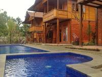 Jambuluwuk Puncak Resort Bogor - 4 Bedrooms Premier Regular Plan