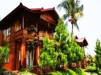 Jambuluwuk Puncak Resort Bogor - 4 Bedrooms Deluxe Room Only Regular Plan