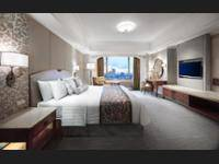 Shangri-La Hotel Jakarta - Horizon Deluxe, Room, 1 King Bed - Free Portable Wi-Fi Device Regular Plan
