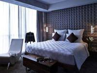 Pullman Jakarta Central Park - Executive Deluxe, Queen Regular Plan