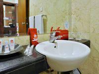ZEN Rooms near Grand Indonesia Mall Jakarta - Standard Room Regular Plan