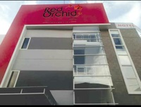 Red Orchid Simpang Lima