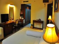 Nagoya Plasa Hotel Batam - Deluxe Room Save 25%