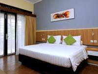 The Green Forest Resort Bandung - Deluxe King Room Regular Plan