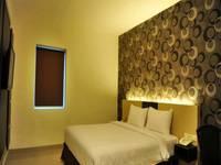 Hotel Jolin Makassar - Deluxe Room Only Regular Plan