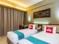 ZenRooms Kuta Benesari - Double Room Only Regular Plan
