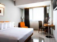 Hotel Santika Jemursari - Executive Room King Offer Last Minute Deal