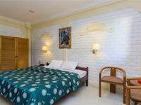 RedDoorz @Arjuna Double Six Bali - RedDoorz Room Regular Plan