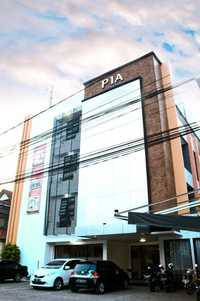 Pia Hotel Cirebon - Deluxe Room Only Regular Plan