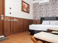 RedDoorz near Riau Street Bandung - RedDoorz Room dengan Sarapan Pagi Regular Plan
