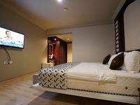 The L Hotel Entertainment Batam - Junior Suite Room Only Regular Plan