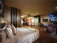 FM7 Resort Hotel Jakarta - Junior Suite with Breakfast Regular Plan