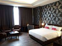 favehotel S. Parman Medan - Junior Suite Room Regular Plan