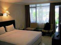 Hotel Guntur Bandung - Deluxe Room With Breakfast Regular Plan