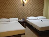 Twins Hotel Mangga Dua - Family Room With Breakfast Regular Plan