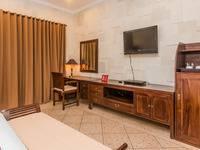 ZenRooms Kerobokan Rajawali - Double Room (Room Only) Regular Plan