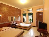 Patria Plaza Hotel Blitar - Deluxe Room Regular Plan