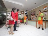 The Cabin Hotel Sutomo Yogyakarta - Big Cabin Privat Bathroom LAST MINUTE