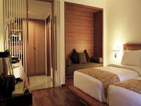 Gumilang Regency Hotel Bandung - Executive Twin With Breakfast Special Promo, Save 20%