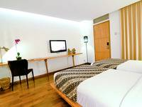 Gumilang Regency Hotel Bandung - Executive Twin With Breakfast Deal Of the day