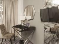 Tinggal Premium at Pondok Indah Jakarta - Superior Room Romantic Stay - 50%
