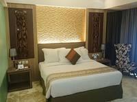 Grand Allison Hotel Sentani - Deluxe Double Room Only Promo Funtastic