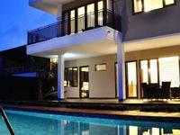 4 BR Pool Villa Dago Mountain View di Bandung/Dago Atas