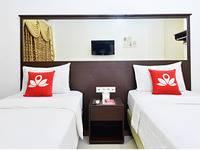 ZenRooms Sukaresmi Karang Setra - Double Room (Room Only) Regular Plan