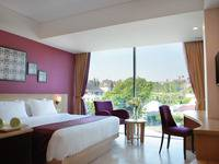 Grand Edge Hotel Semarang - Deluxe Room Double Bed with Breakfast  Regular Plan