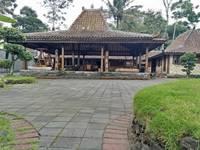 Ndalem Joglo Hinggil Private Villa di Jogja/Kaliurang