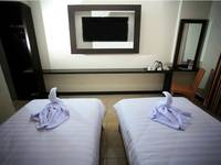 Kyriad Grand Master Purwodadi - Deluxe Twin Bed Room Only Basic Deal